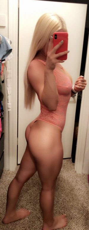 Ecrame escorts in Del City OK and happy ending massage