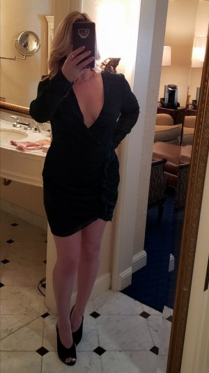 Marie-lucie escort in Rolling Meadows Illinois