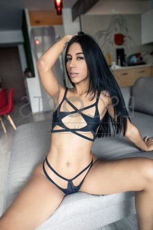 Tyffanie erotic massage in Coram